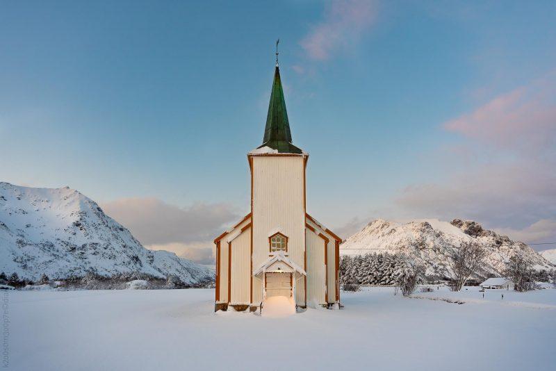 Valberg kirke vinterstid