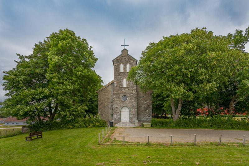 Tjøtta kirke, Helgeland