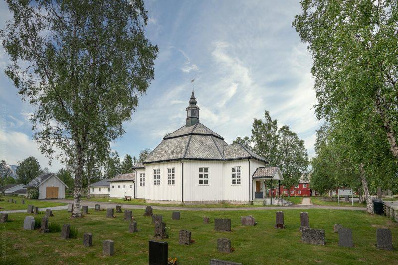 Røssvoll kirke, Nordland