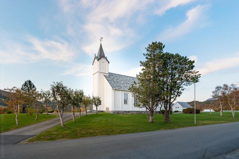 Osen kirke, Trøndelag