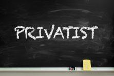 «Privatist» på tavla